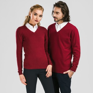 MILAN. Men's V-neck jumper
